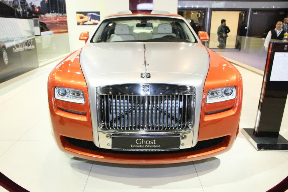 http://worldcentre.files.wordpress.com/2012/01/rolls-royce-ghost-extended-wheelbase.jpg